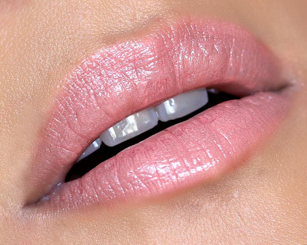 mac enchanted eve lips coral pure zen