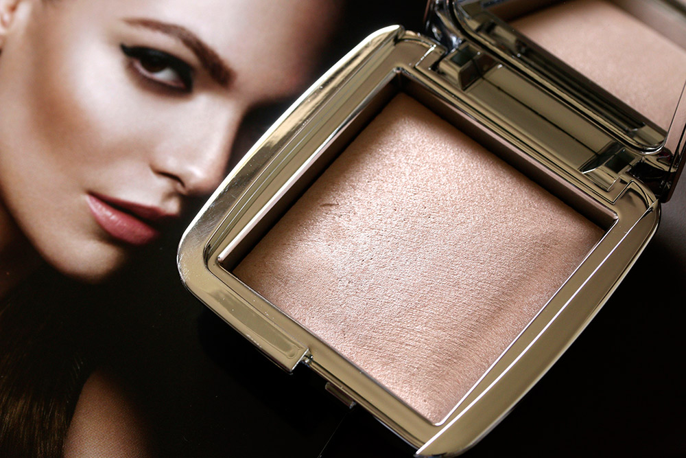 hourglass ambient strobe lighting powder iridescent