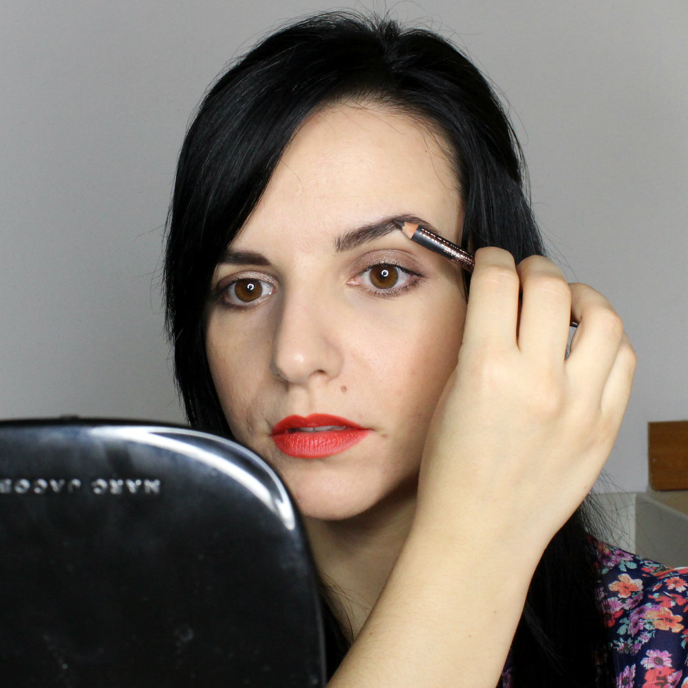 How to Apply Brow Pencil