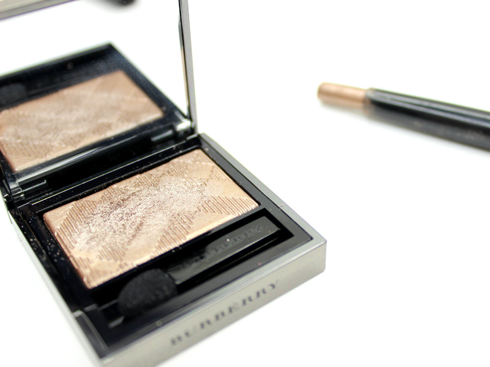 Burberry Eye Colour Wet & Dry Glow Shadow 002 Nude