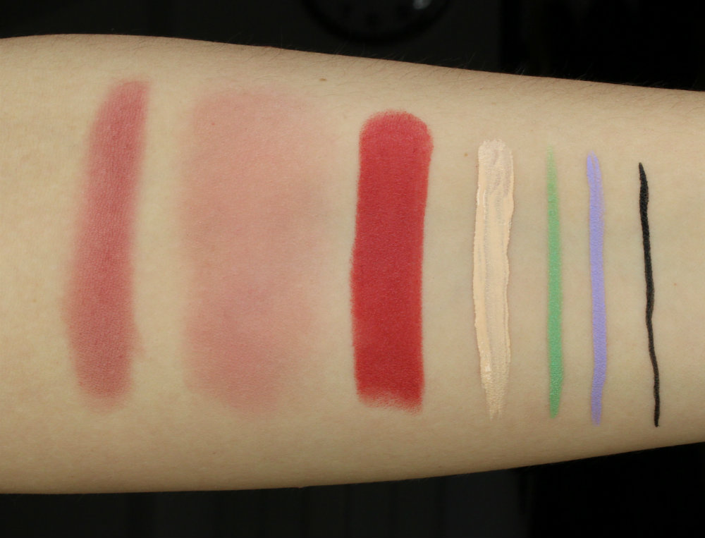 Debora Milano Swatches Natural Effect Blush in 06 heavy and blended, Atomic Red Mad Lipstick in 01, Radiance Creator Highlighting Concealer in 01 Light, 24ORE Color Mat Eyeliner in 10 Bamboo and 09 Lavender, 24ORE Waterproof Eyeliner in Black