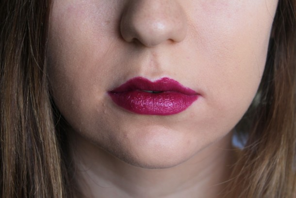 Too Faced La Creme Color Drenched Lipstick  in Berry Naughty