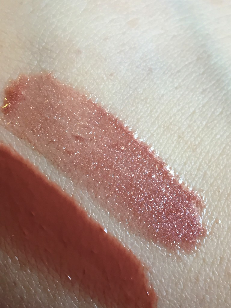 Estee Lauder Pure Color Envy Gloss closeup of the shimmer in Reckless Bloom