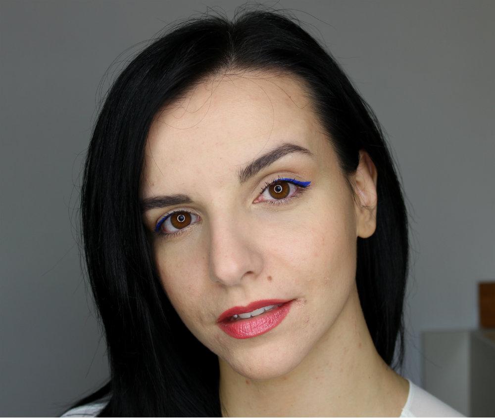 Collistar Graphic Eyeliner 3 Valeria Blue Twist Ultra-Shiny Gloss Swatches