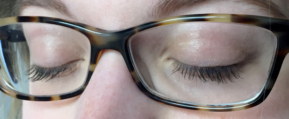 Bonus: It doesn't make my lashes push up against my glasses!