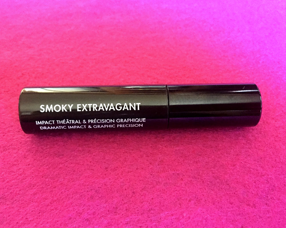 Makeup Forever Smoky Extravagant Mascara in Black