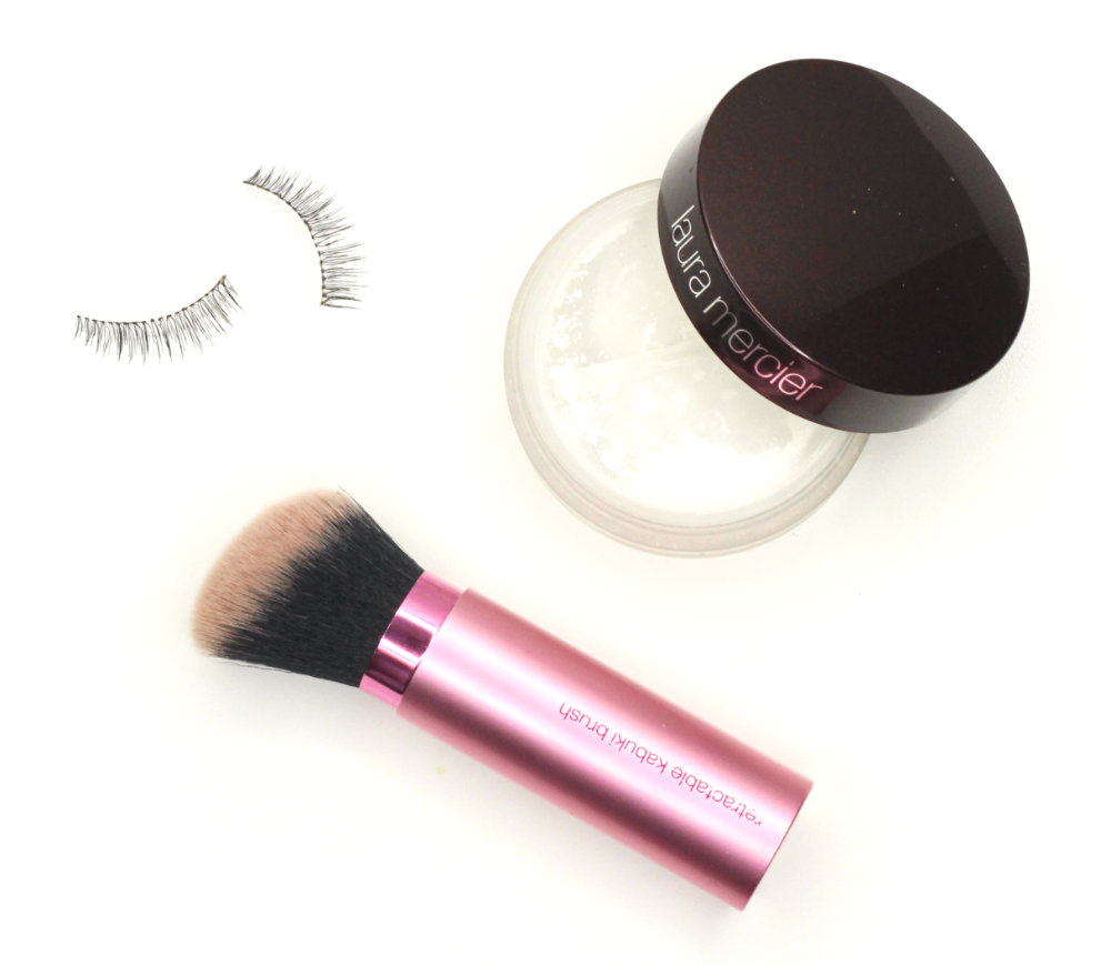 Real Techniques Retractable Kabuki Brush Laura Mercier Invisible Loose Setting Powder Universal