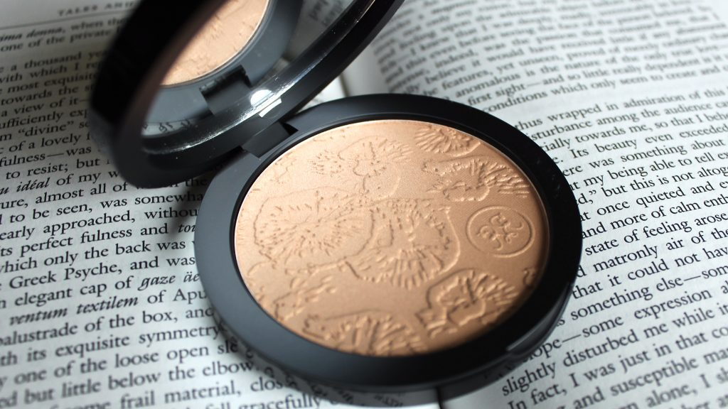 Rouge Bunny Rouge Masters of Texture Collection