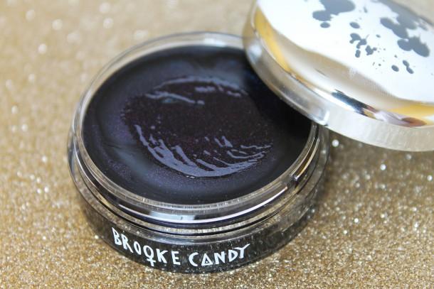 MAC Brooke Candy Eye Gloss in Black Yang