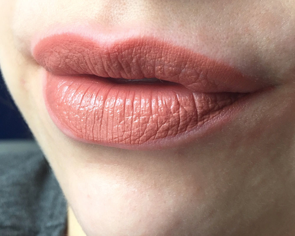 Maybelline Vivid Matte Liquid Lipstick in Nude Thrill