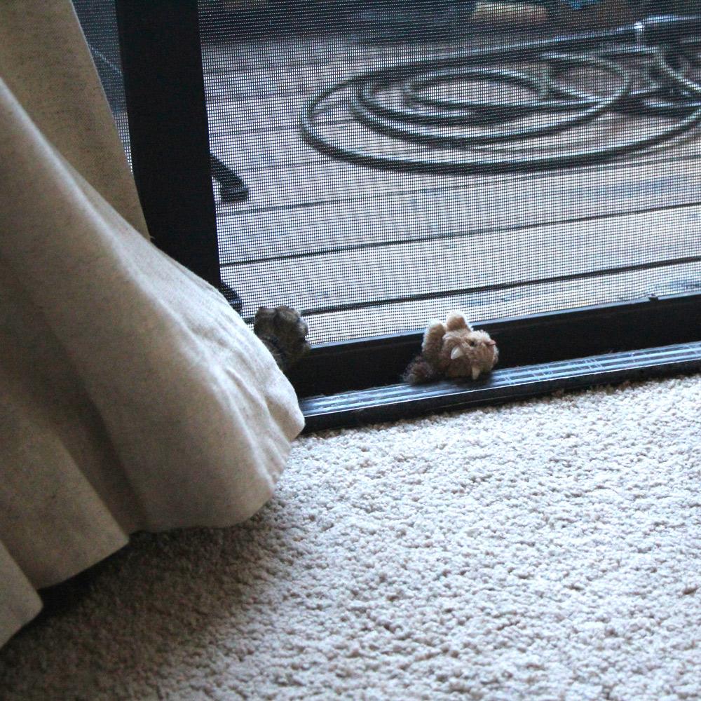 tabs-cat-toy-squirrel-5
