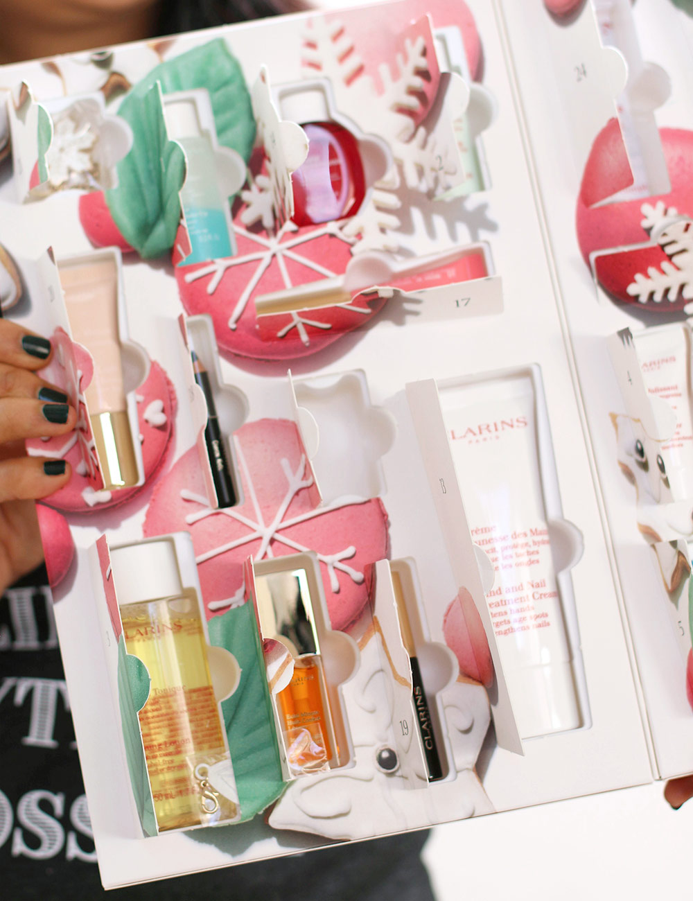 clarins beauty delights advent calendar goodies