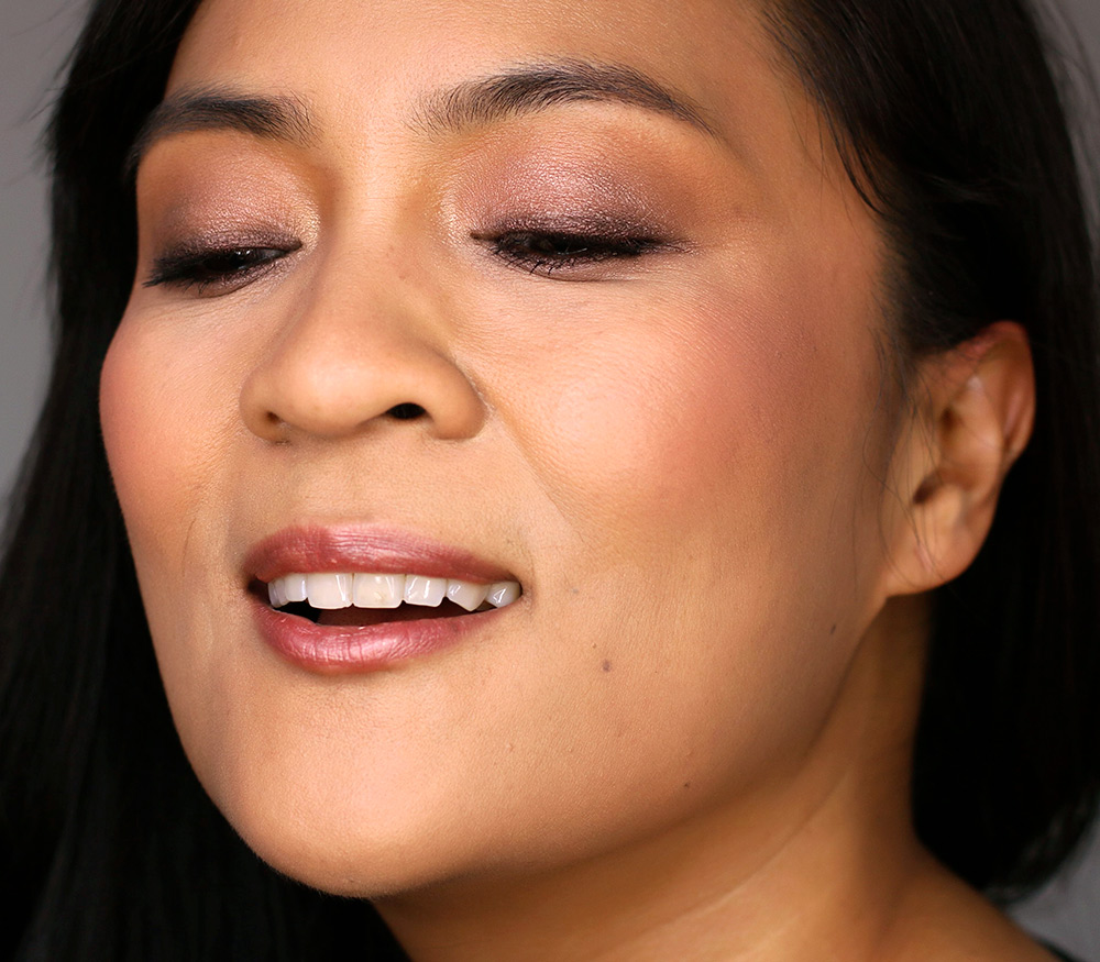 Your standard bronzy brown eye look