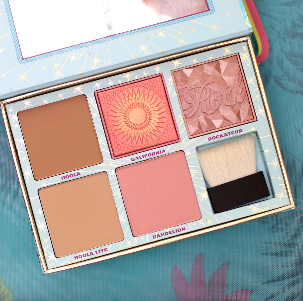 benefit cheek parade blush kit open
