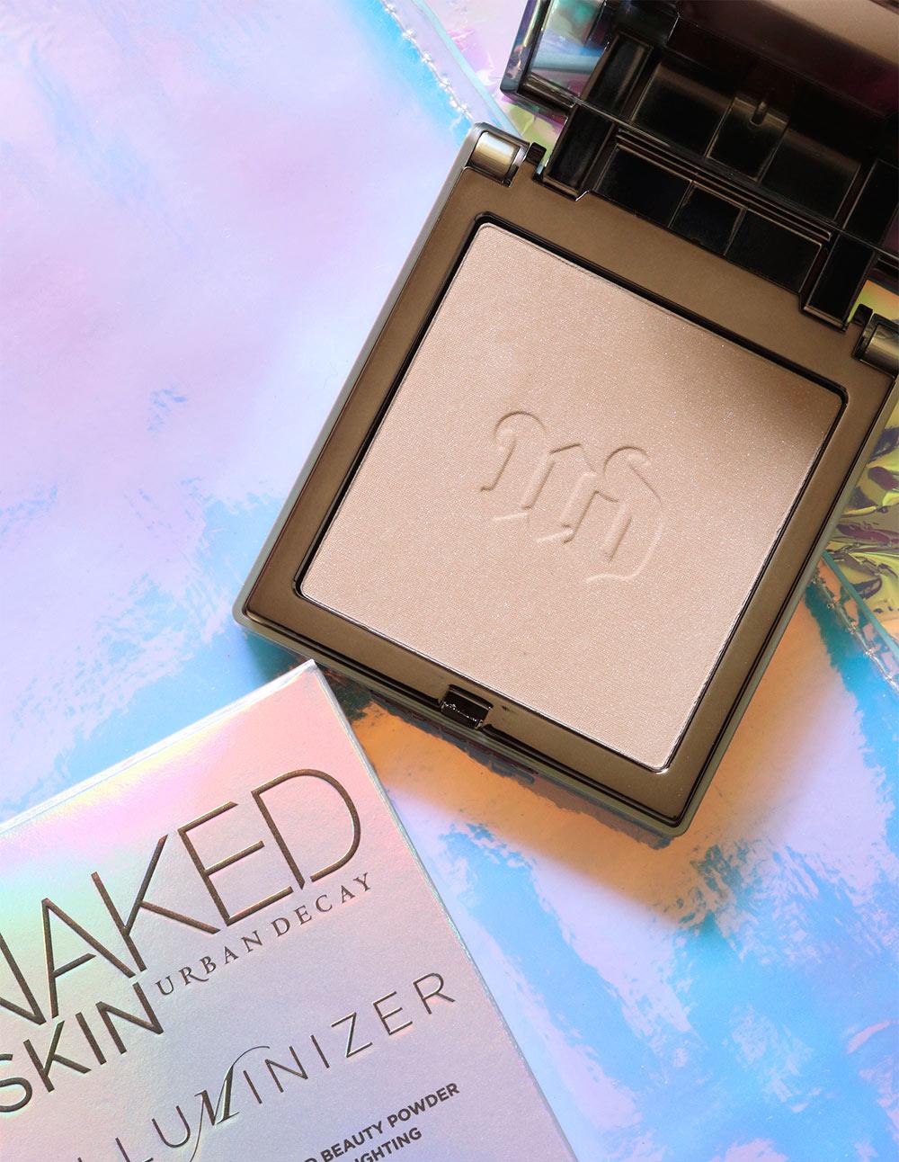 Naked cosmetics translucent powder