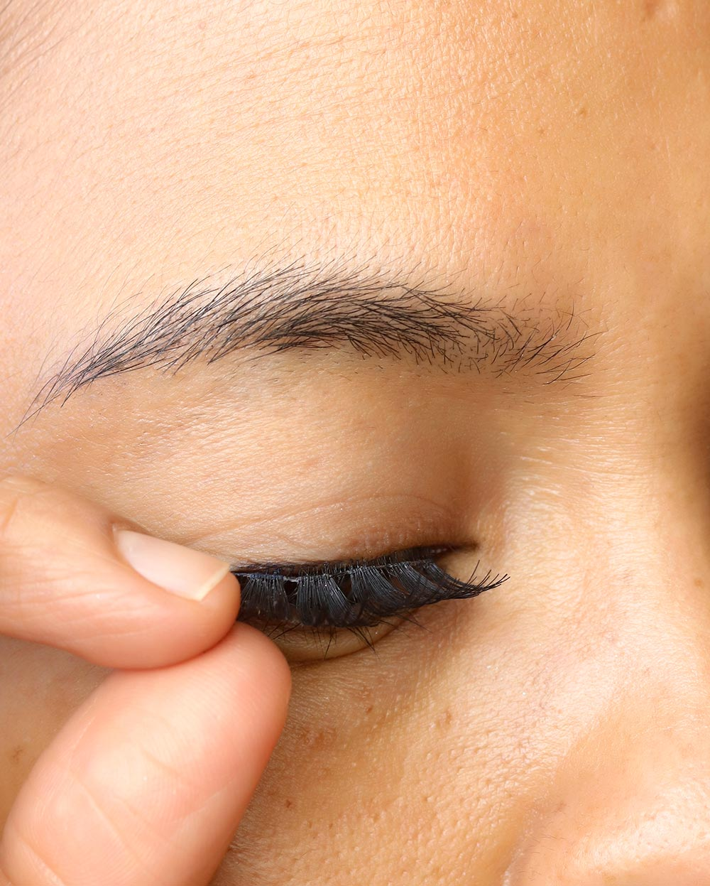 1 false lashes