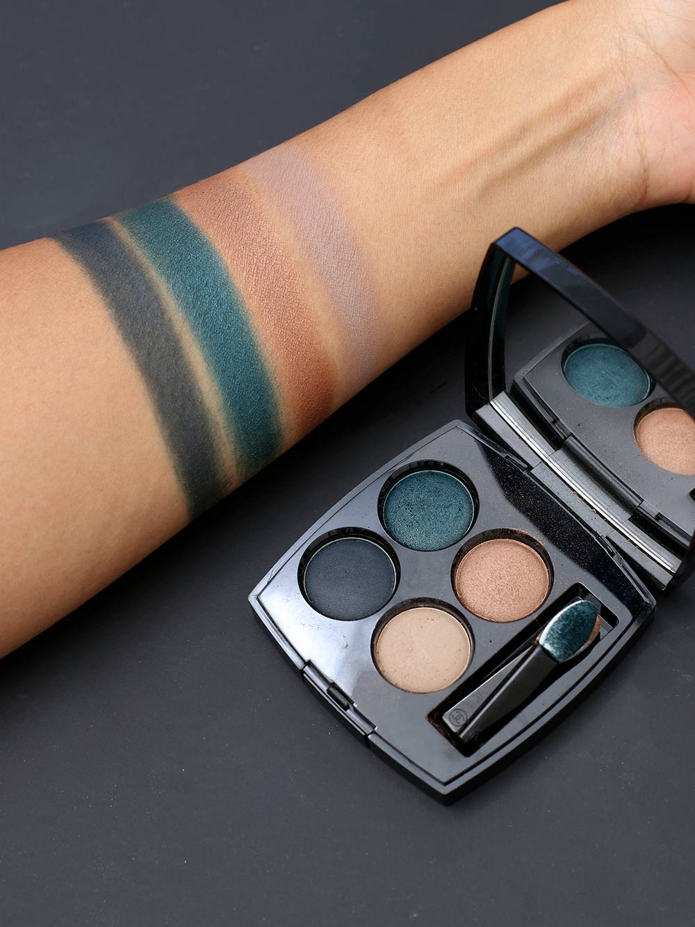 chanel road movie swatches