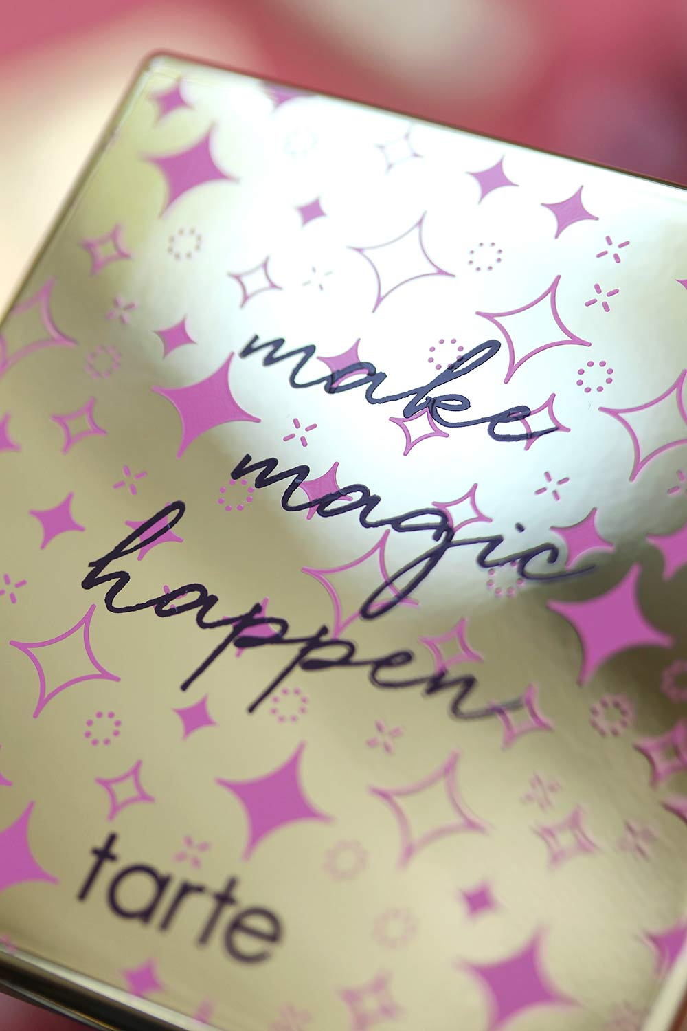 tarte make magic happen palette packaging