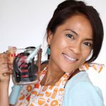 Farsali Jelly Beam Illuminator Applies Like Jelly And Sets