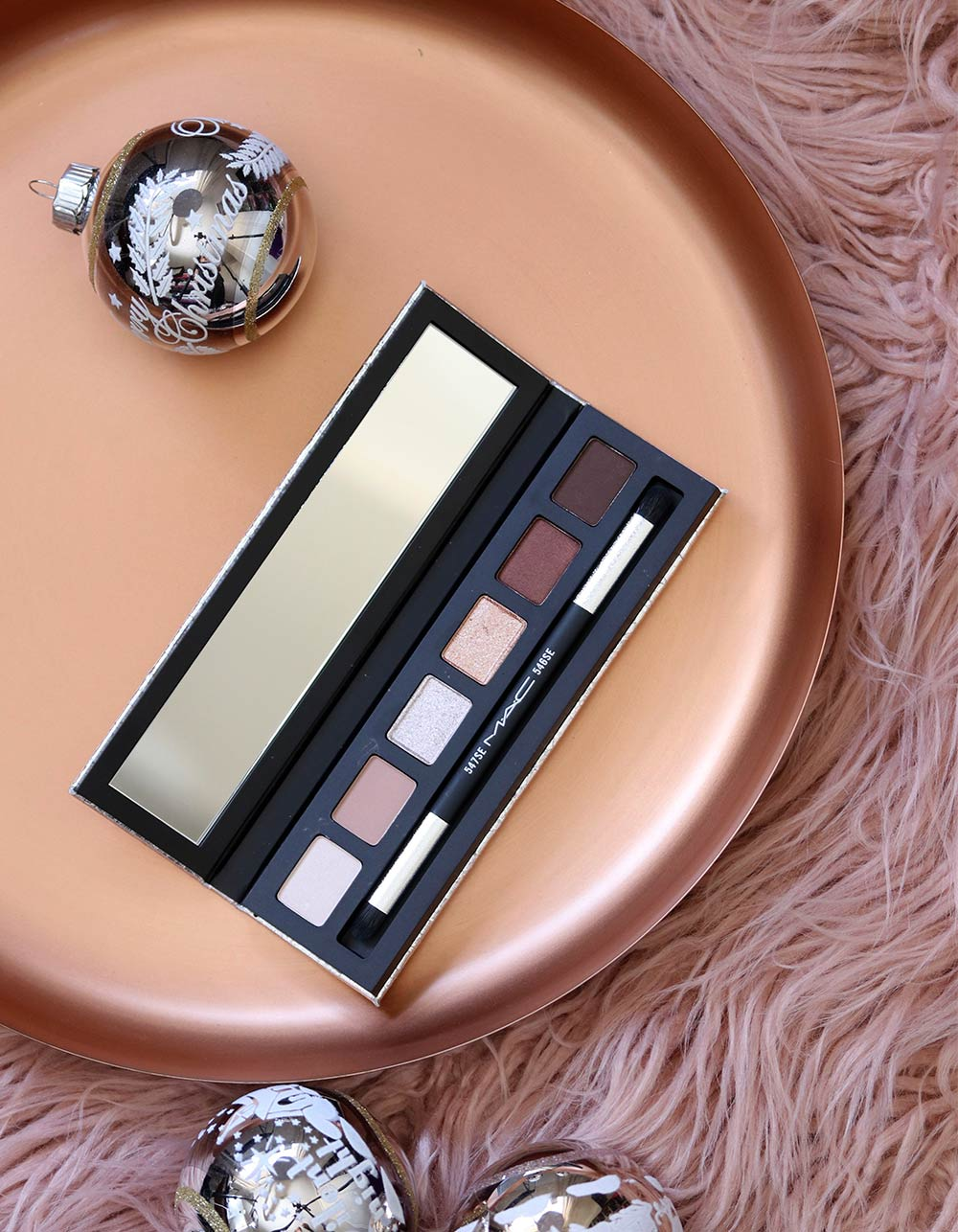 mac snow ball eye compact rose gold