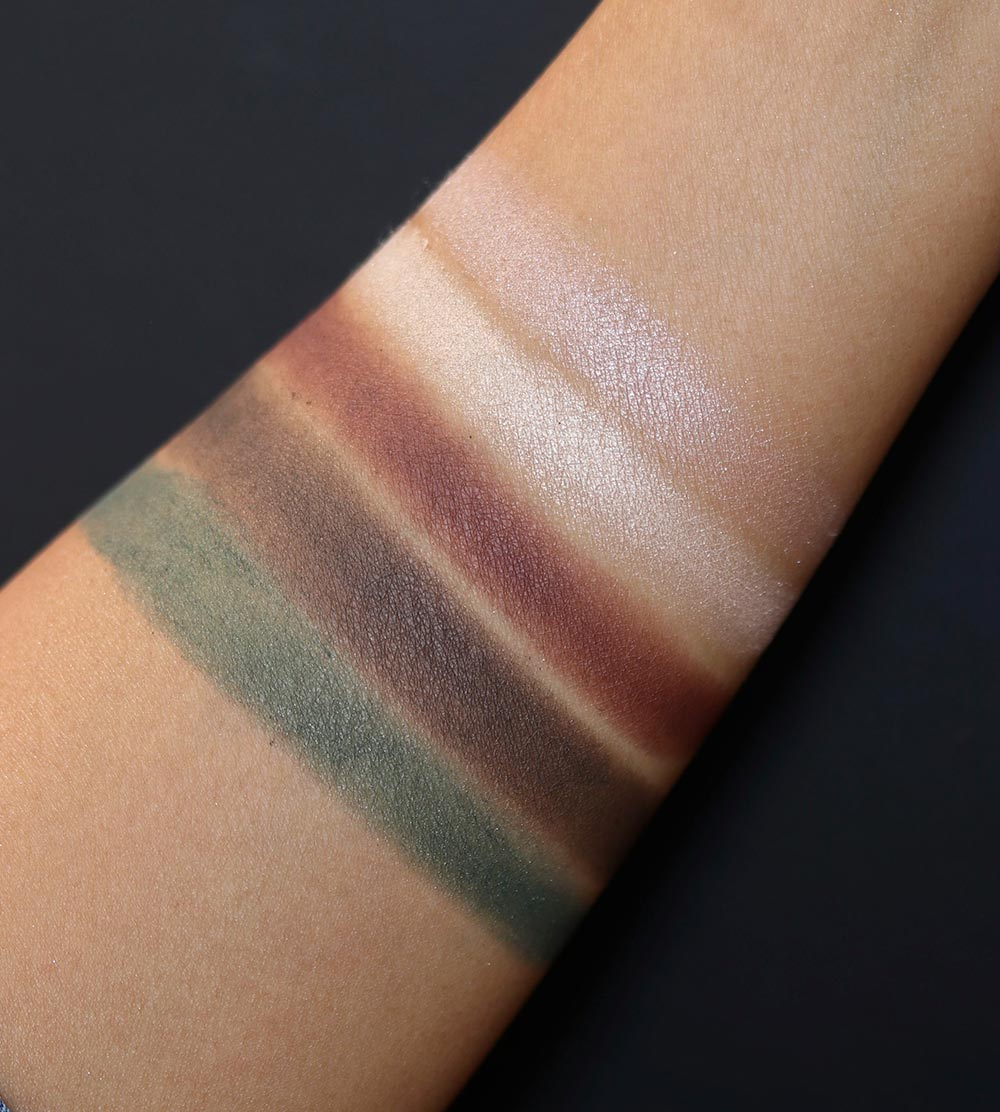 chanel trait de caractere swatches