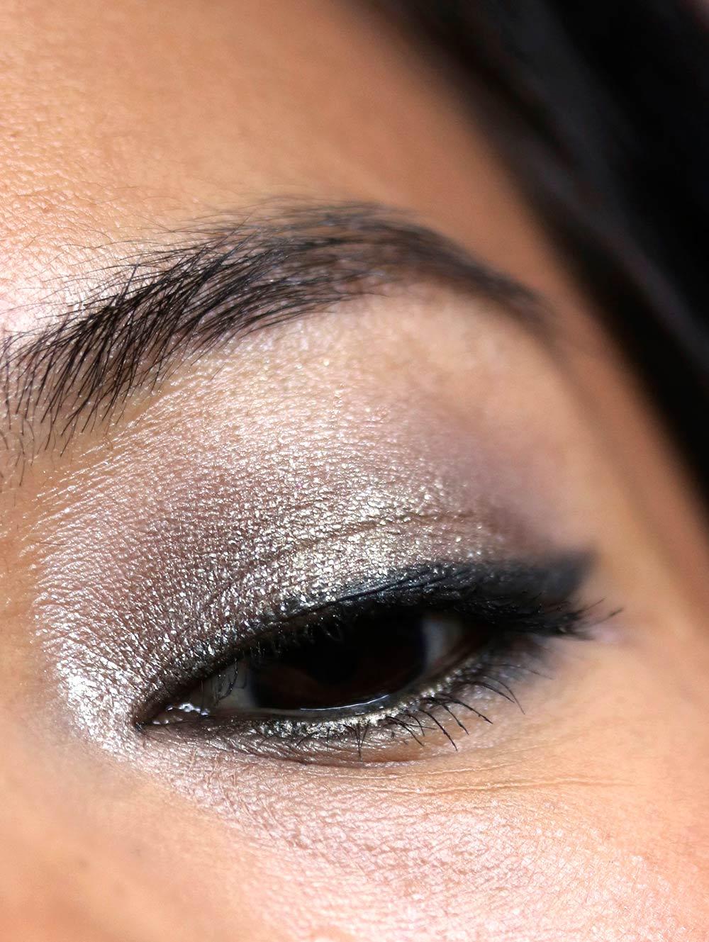 mac snow ball eye compact gold