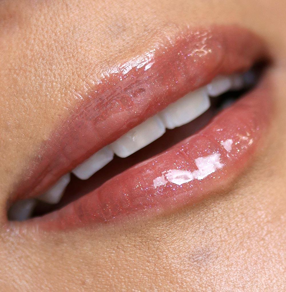 mac snow ball mini lip gloss kit