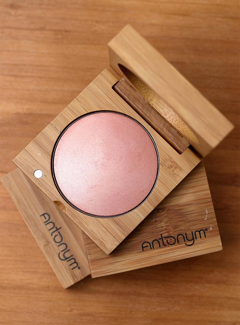 antonym highlighting blush cheek crush