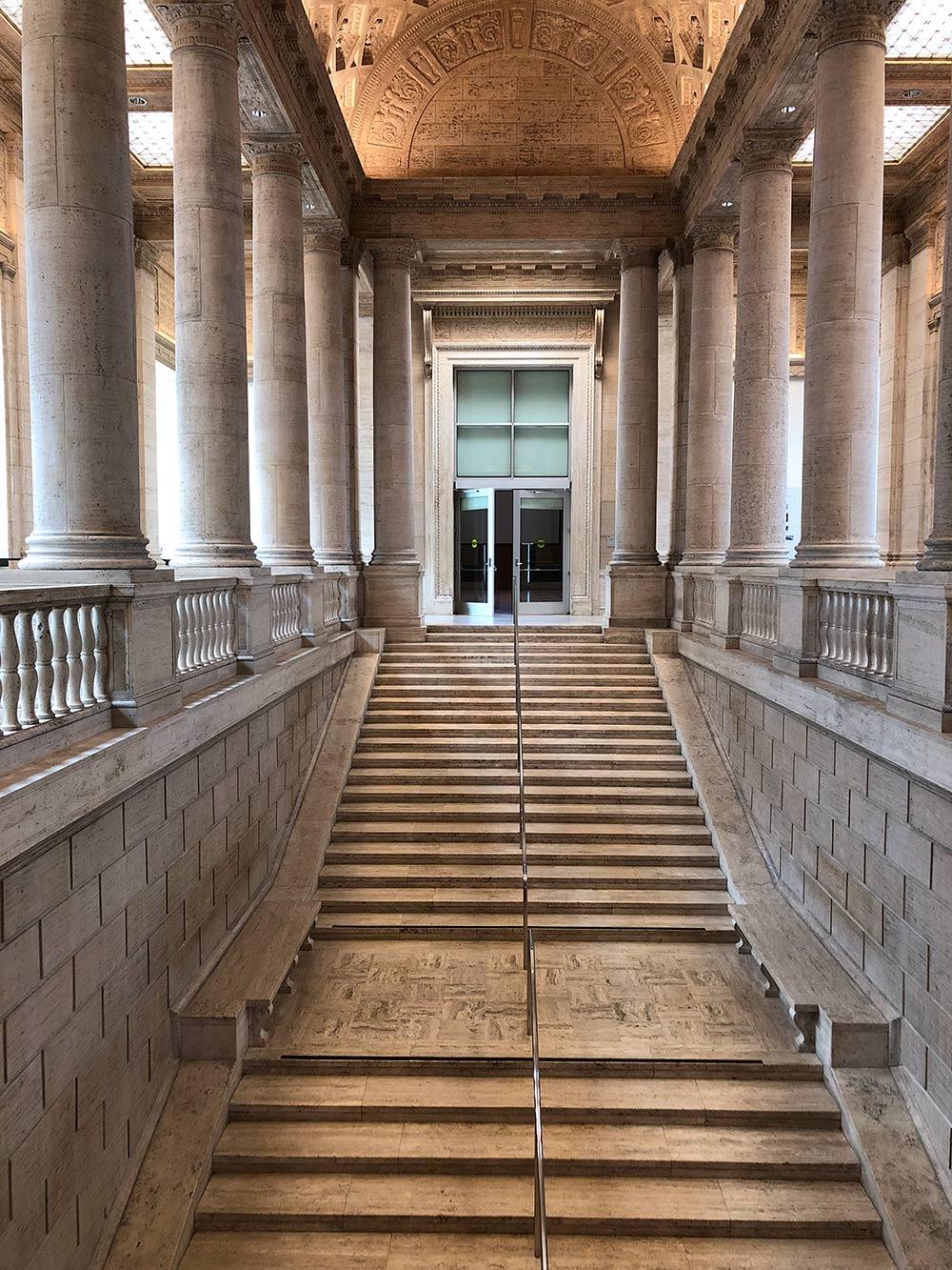 asian art museum stairwell 1