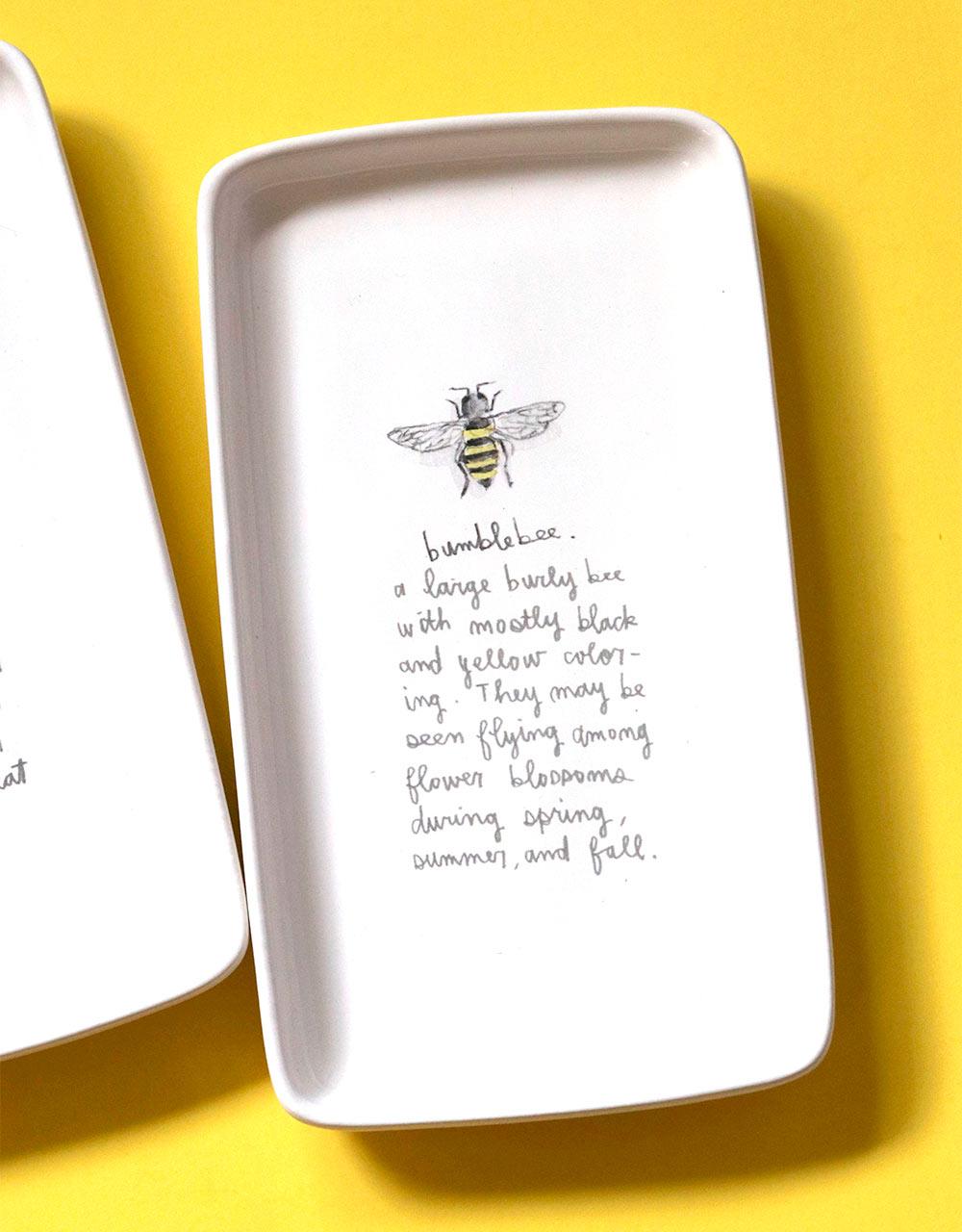 rae dunn bumblebee tray