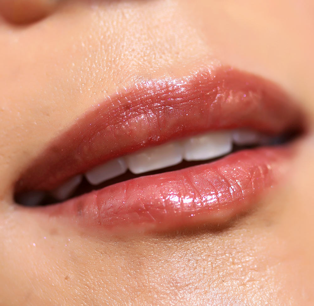 urban decay hi fi shine lip gloss in dirty talk