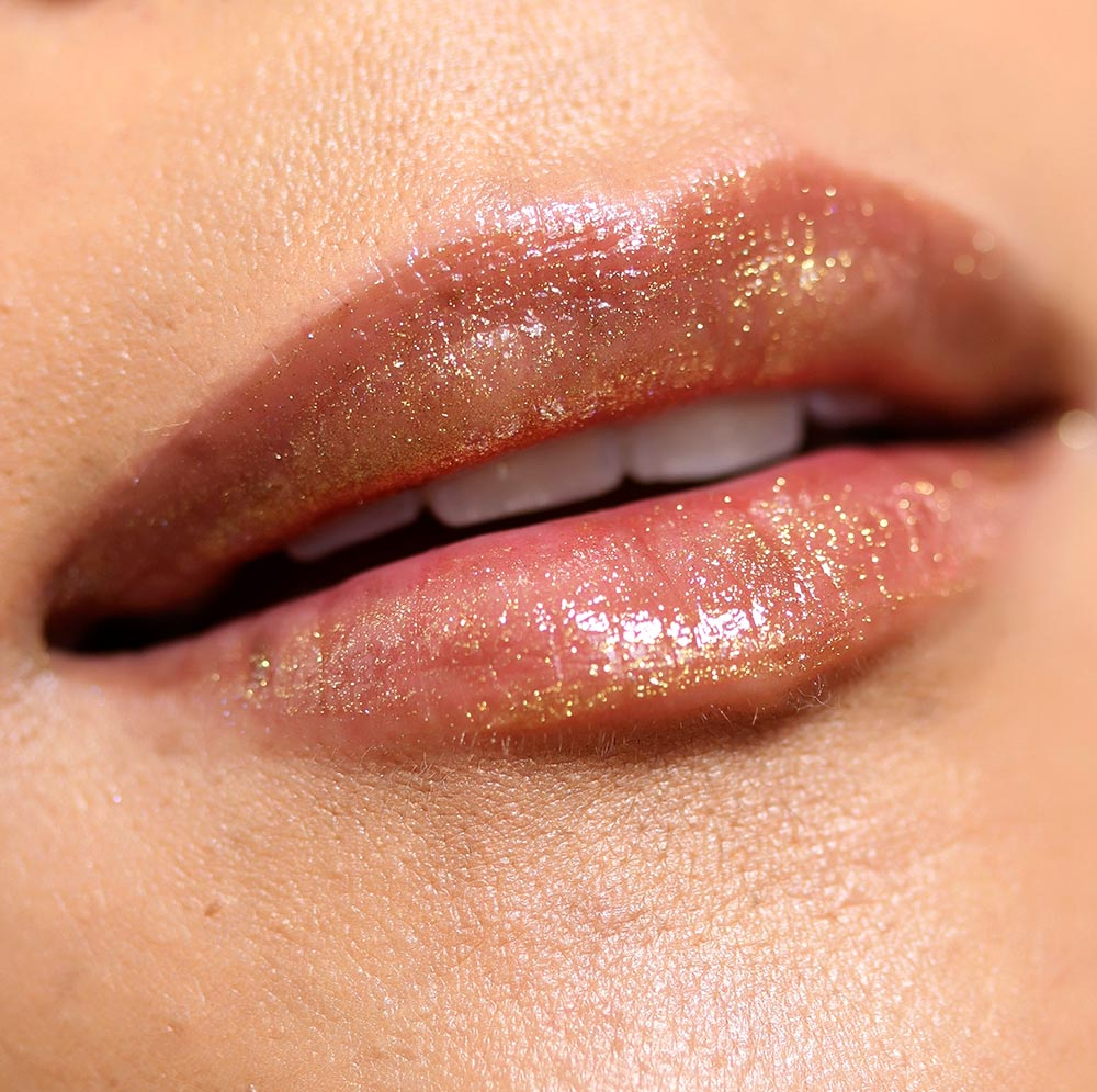 urban decay hi fi shine lip gloss in goldmine