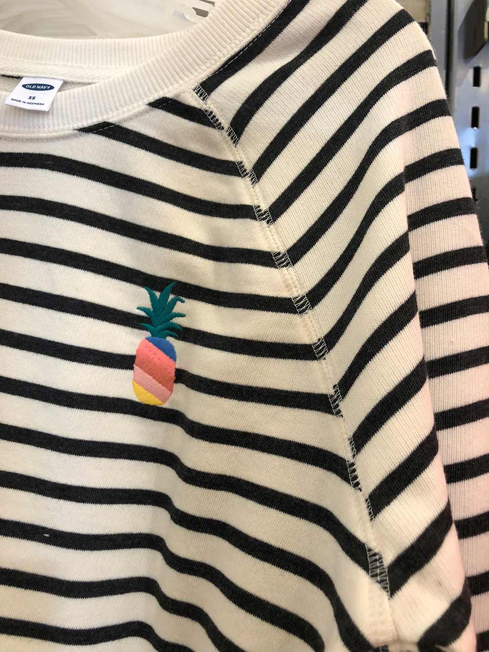 old navy pineapple embroidery