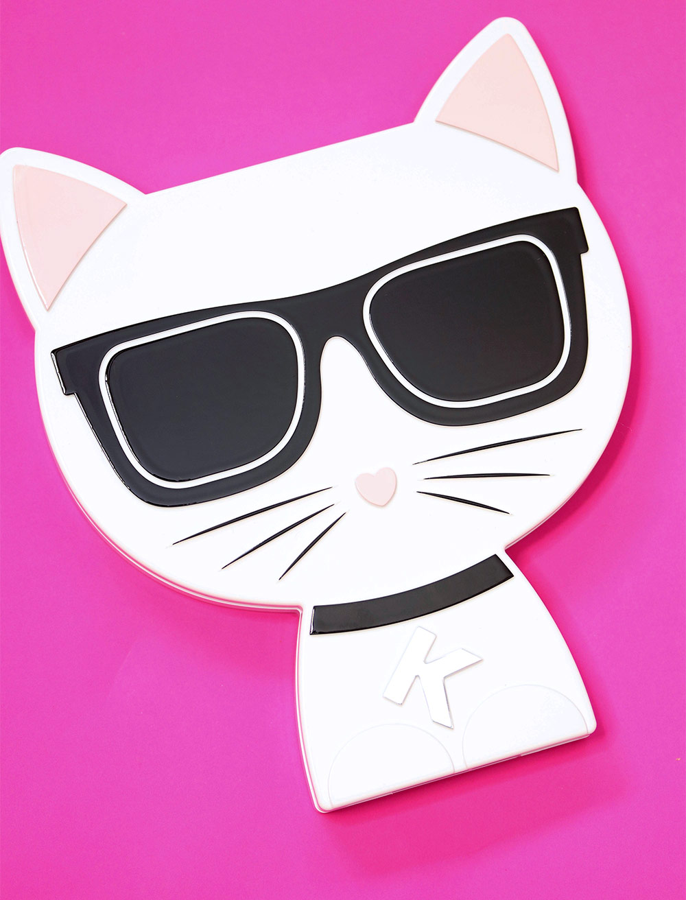 karl lagerfeld model co choupette palette
