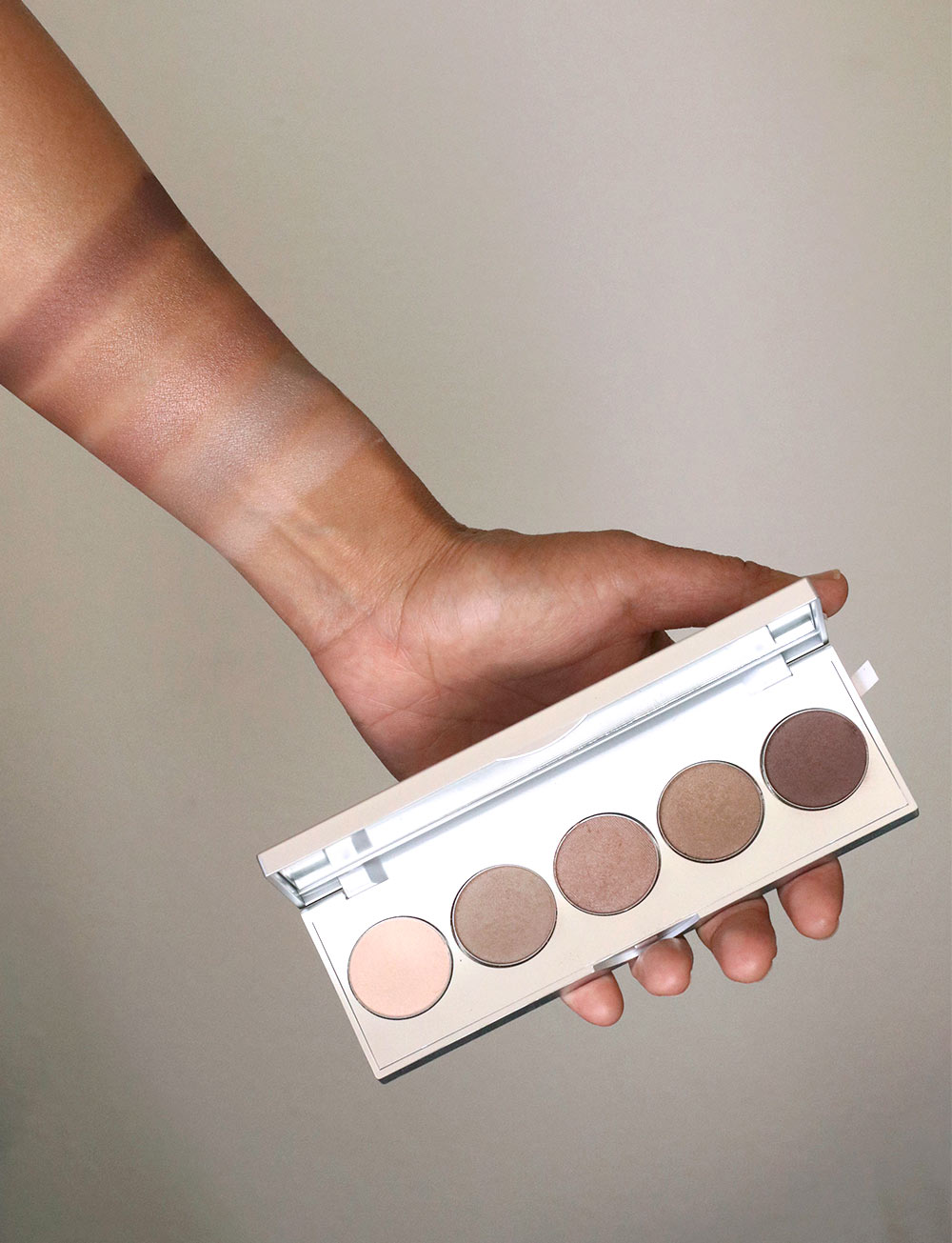 neutrogena kerry washington essential eye palette swatches