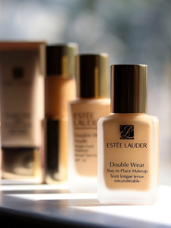 Estée Lauder Double Wear Deep Dive: Double Wear Stay-in-Place Makeup