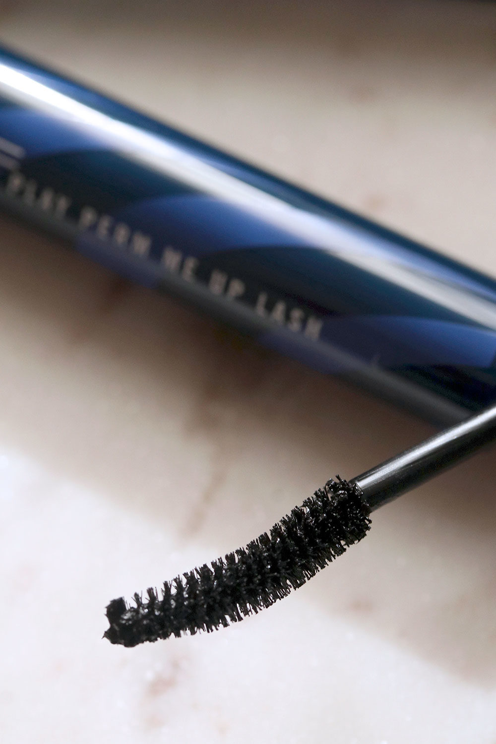 mac extended play perm me up lash brush