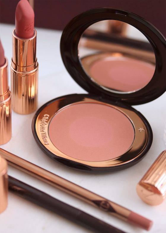 Feel the Ecstasy With Charlotte Tilbury: Cheek to Chic Swish & Pop Blusher in Ecstasy