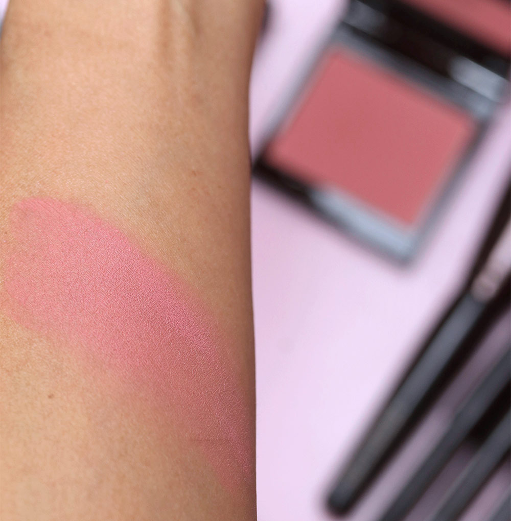 laura mercier rose blush swatch