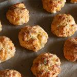 gluten free cheddar garlic biscuit recipe