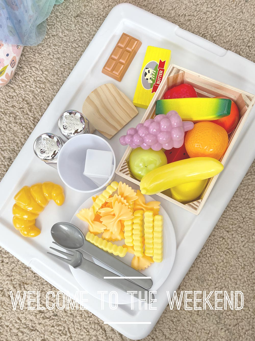 tray of play food
