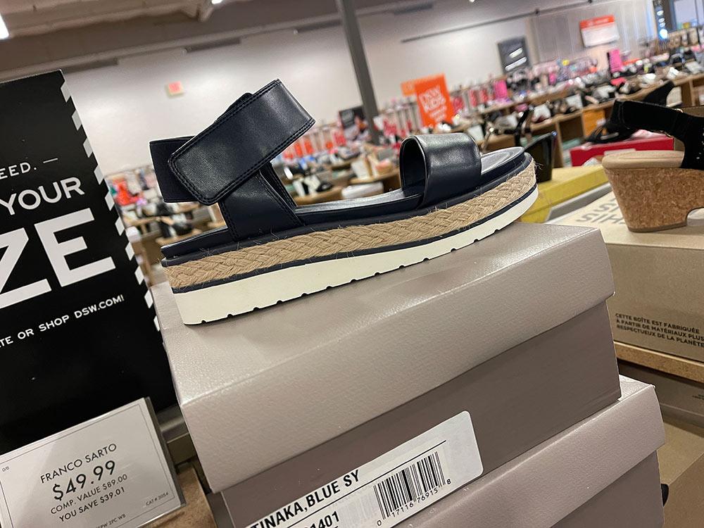 dsw spring 2021 navy blue franco sarto platform sandals
